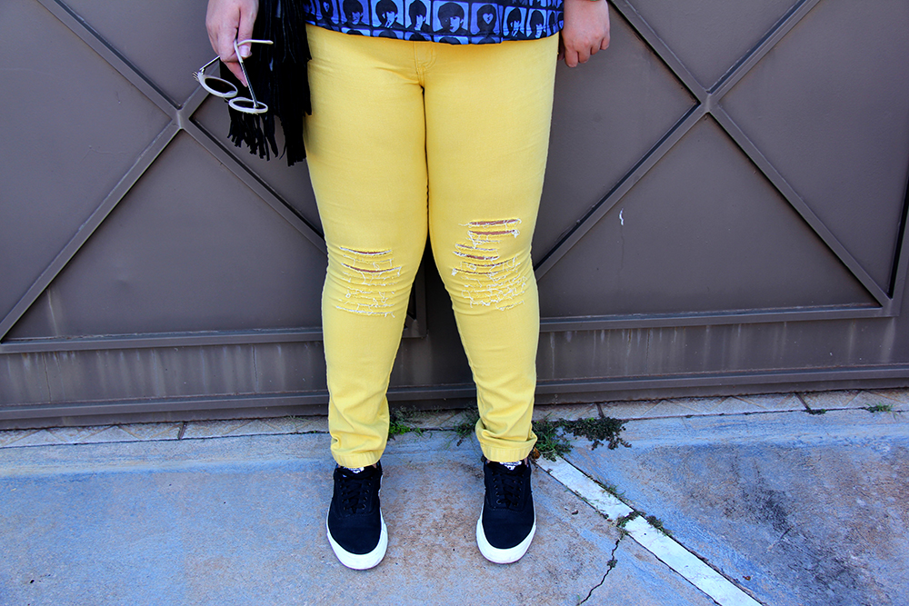 look yellow 3