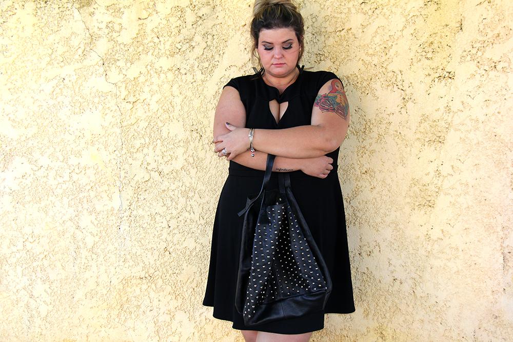 vestido preto plus size 15