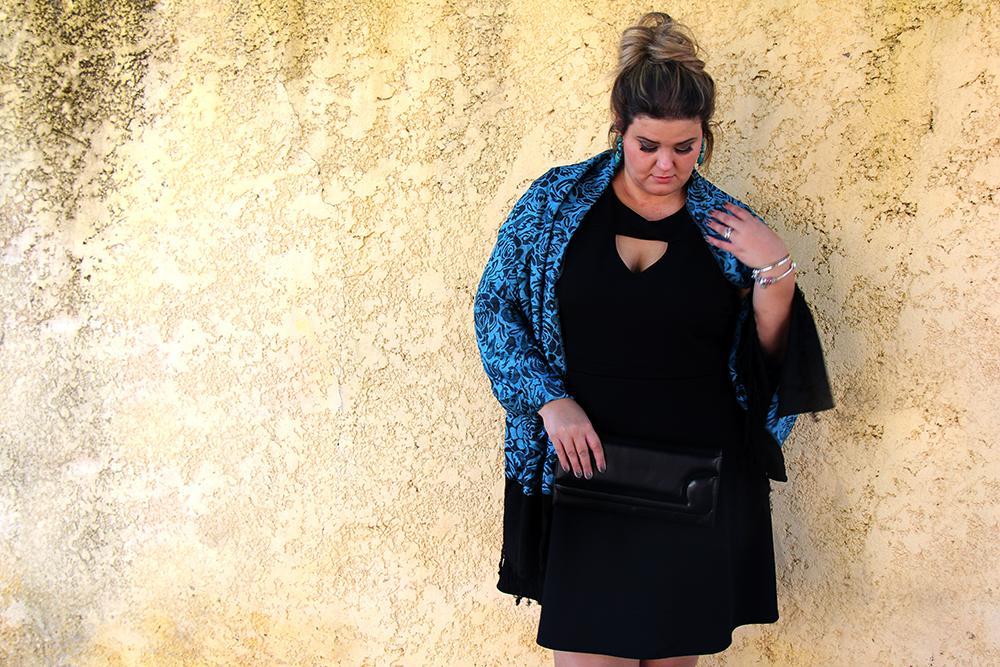 vestido preto plus size 2