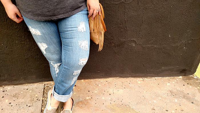 calça jeans destroyed plus size 5 - grandes mulheres