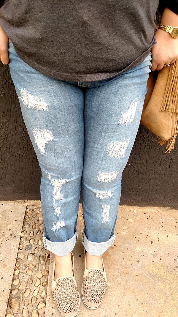 calça jeans destroyed plus size 6 - grandes mulheres