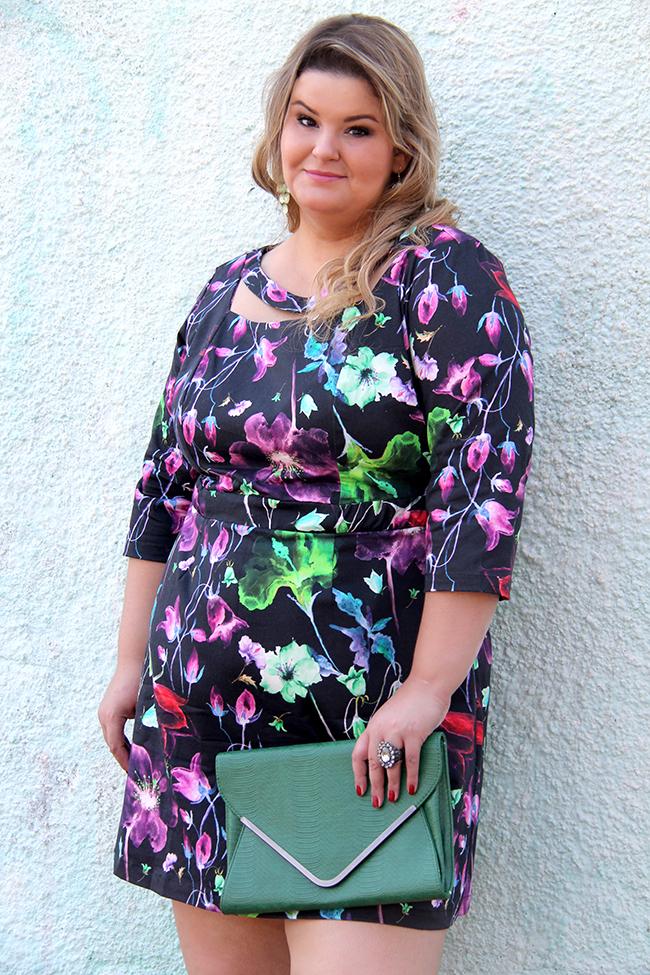 vestido florido plus size cafuza 11 - grandes mulheres