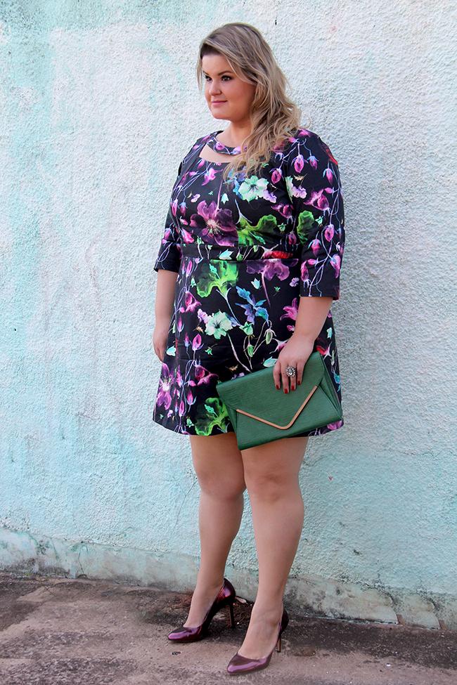 vestido florido plus size cafuza 13 - grandes mulheres