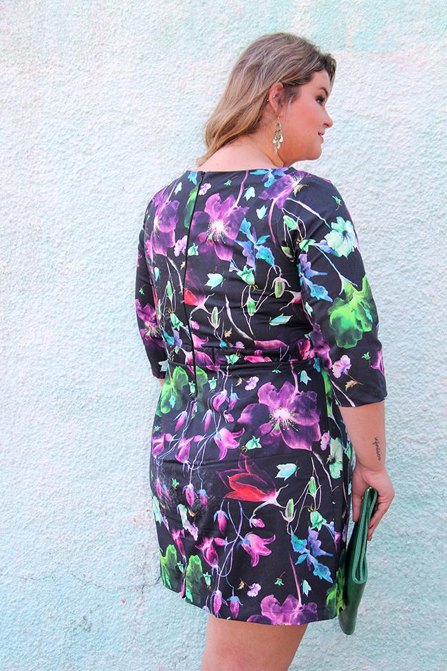 vestido florido plus size cafuza 5 - grandes mulheres
