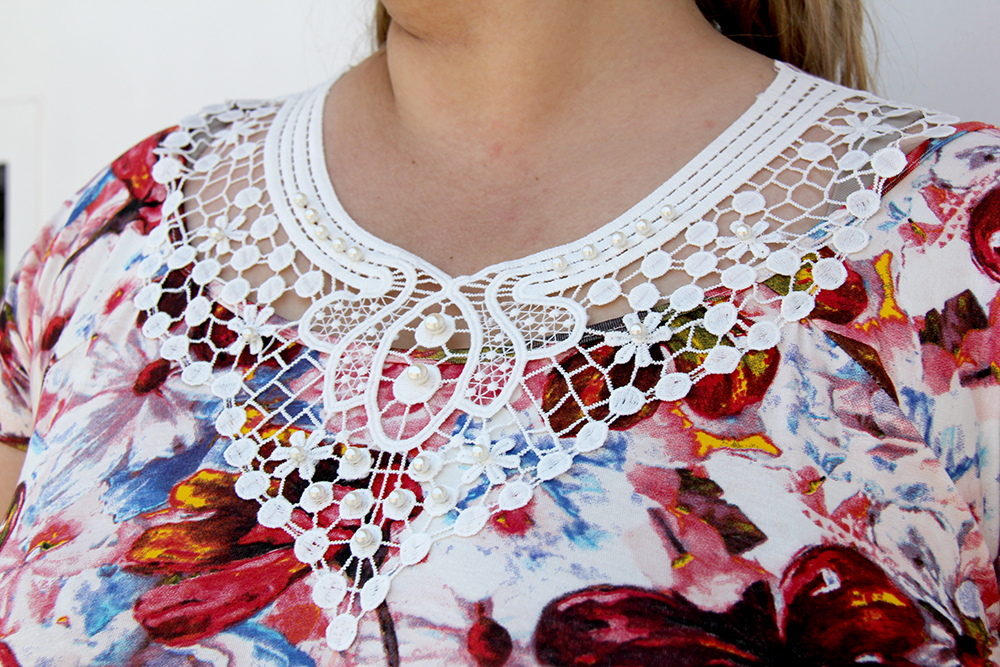 blusa plus size com pérolas - grandes mulheres