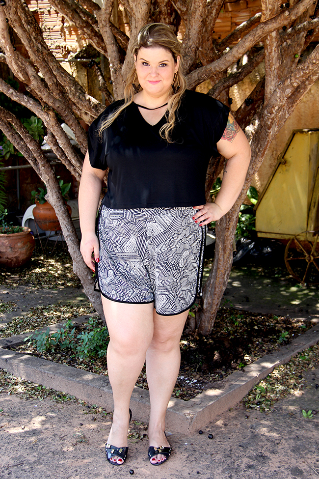 look plus size - cropped e shorts 11 - grandes mulheres