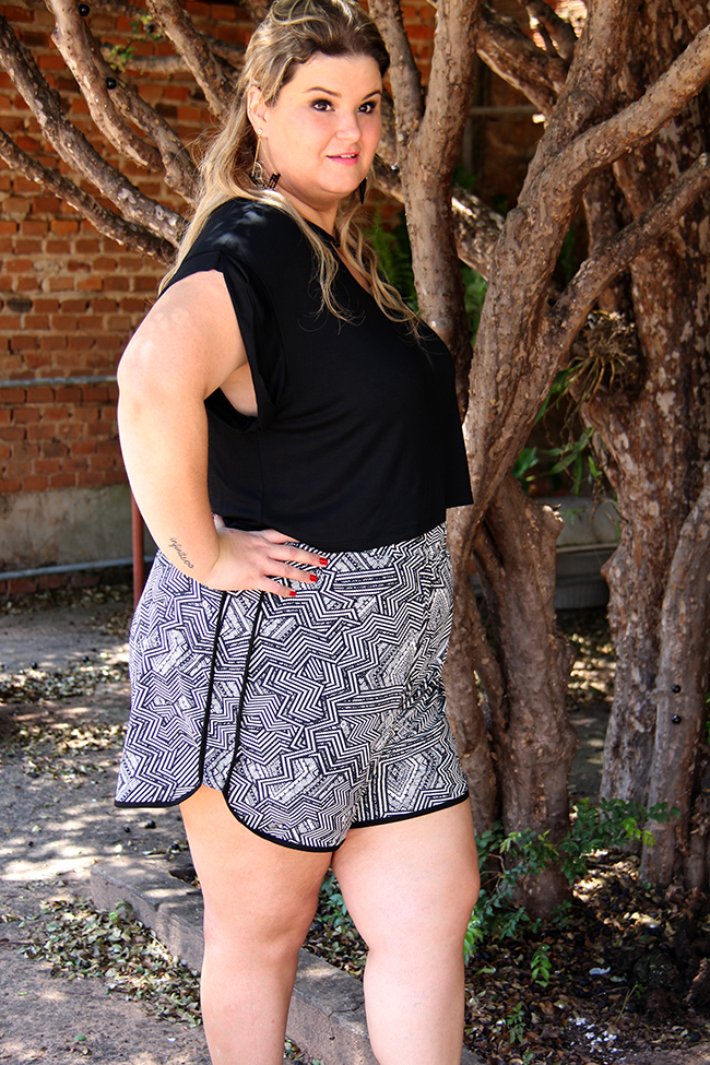 look plus size - cropped e shorts 7 - grandes mulheres