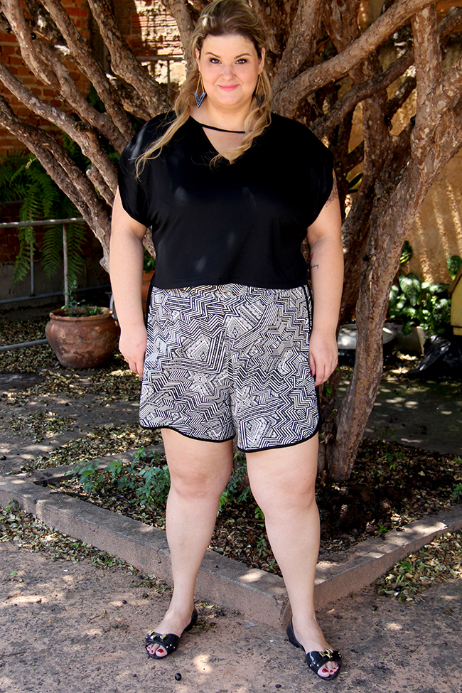 look plus size - cropped e shorts 9 - grandes mulheres