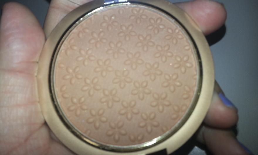 milani bronzer powder capa