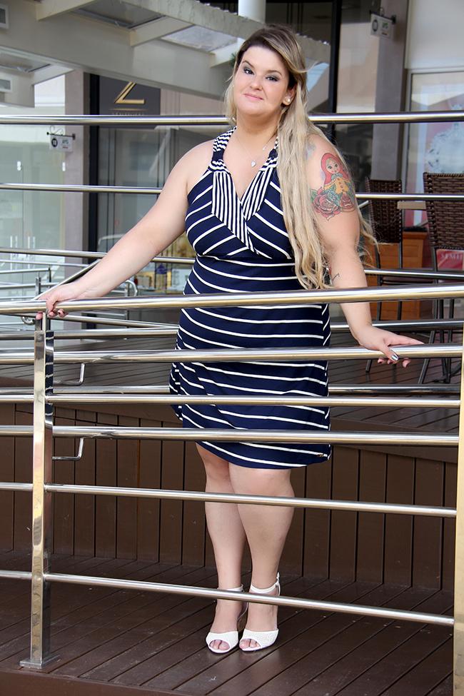 vestido listrado plus size 7 - lilo fashion - grandes mulheres