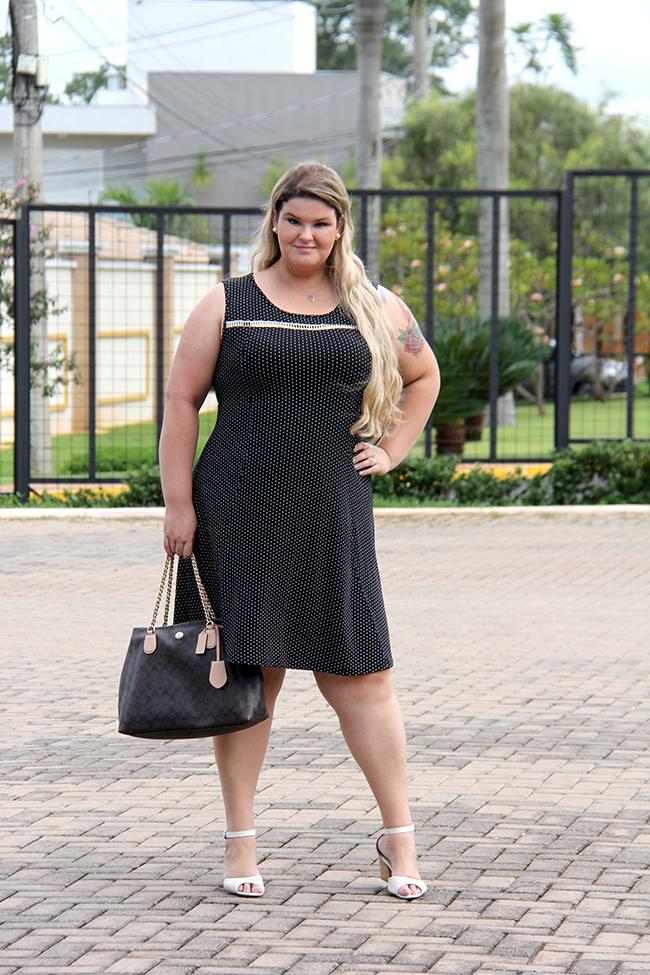 vestido plus size chic e elegante 1 - grandes mulheres