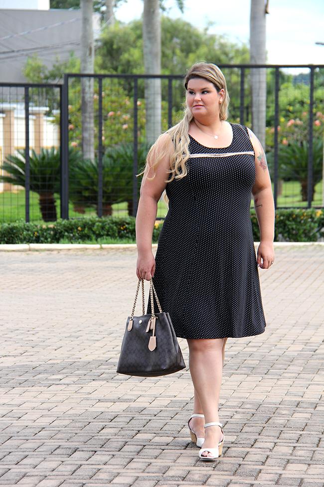 vestido plus size chic e elegante 5 - grandes mulheres