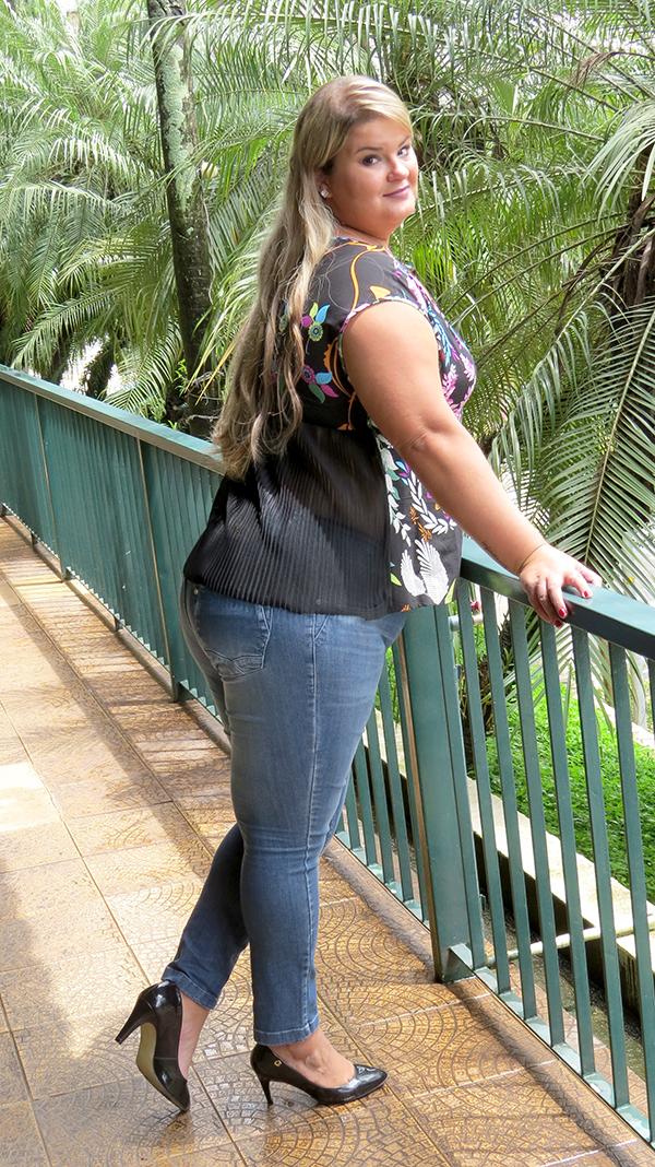 blusa estampada plus size 3 - grandes mulheres