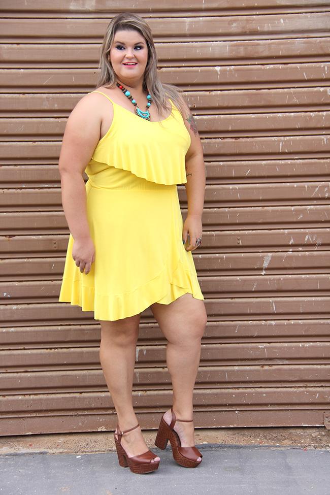 vestido amarelo plus size 7 - grandes mulheres