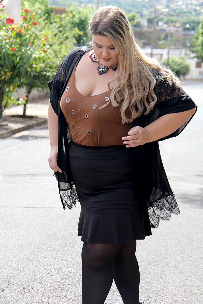 Look plus size - preto com suede 12 - grandes mulheres - paula bastos