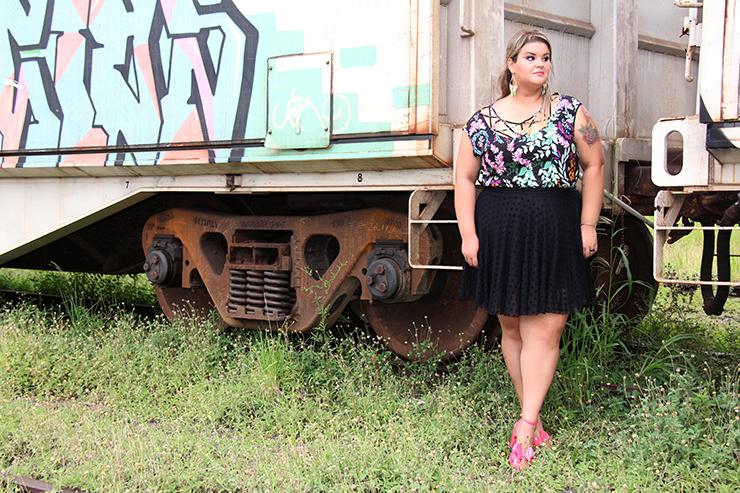 look romântico com sandália rosa 8 - grandes mulheres