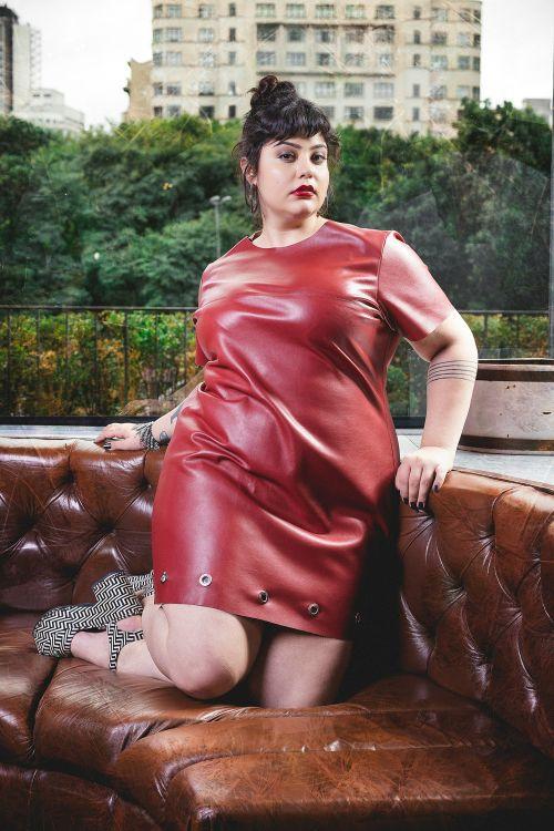 Bazar Pop Plus 5 - grandes mulheres