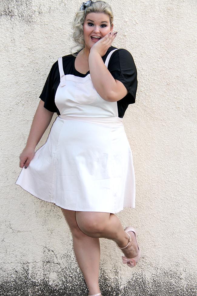 salopete plus size - rosa bebe - xica vaidosa - moda plus size - grandes mulheres 1