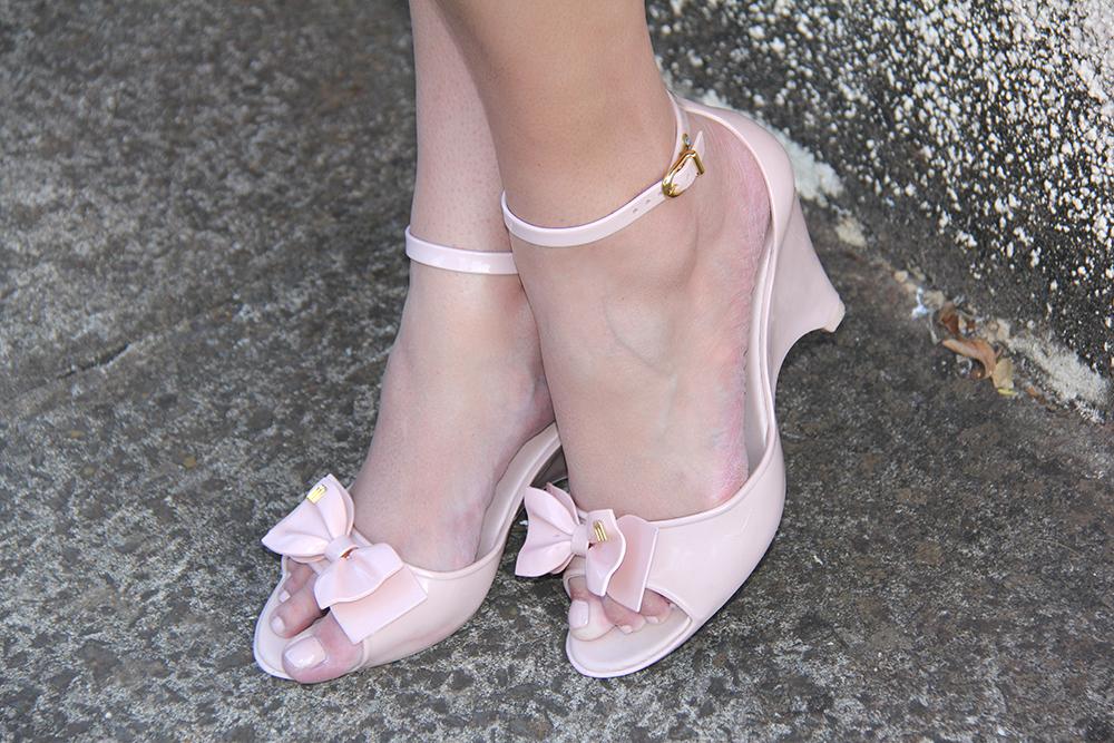 salopete plus size - rosa bebe - xica vaidosa - moda plus size - grandes mulheres 5