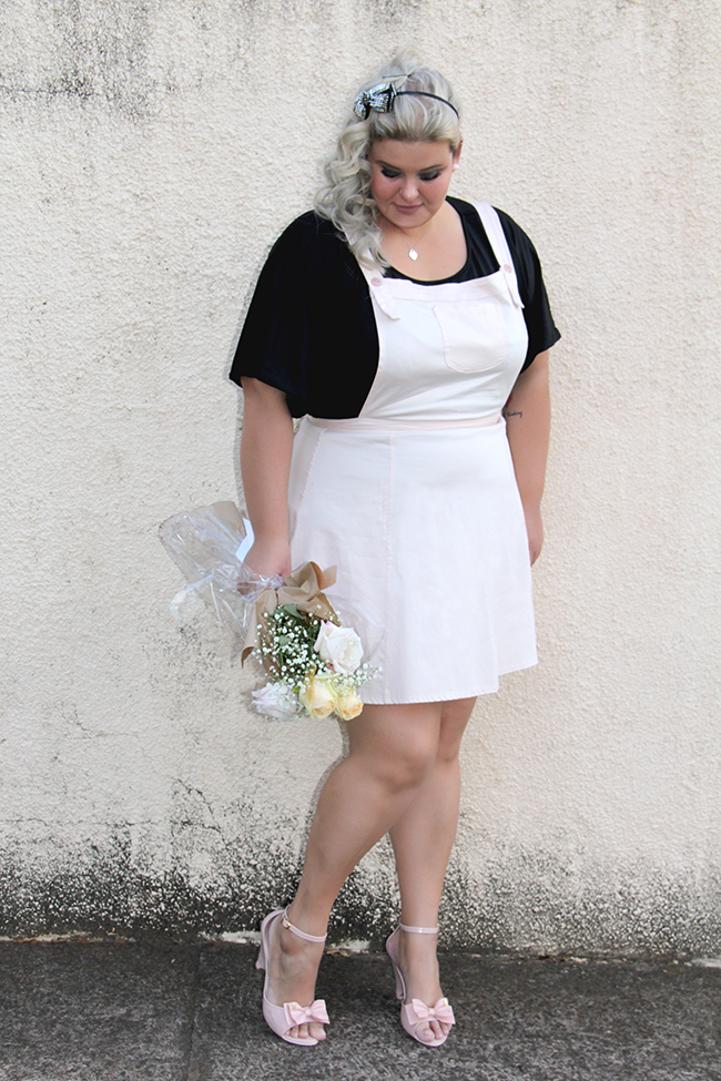 salopete plus size - rosa bebe - xica vaidosa - moda plus size - grandes mulheres 7