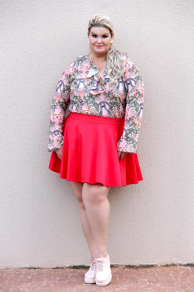 Moda plus size - look do dia plus size - blusa romântica estampa raposinhas - grandes mulheres 2