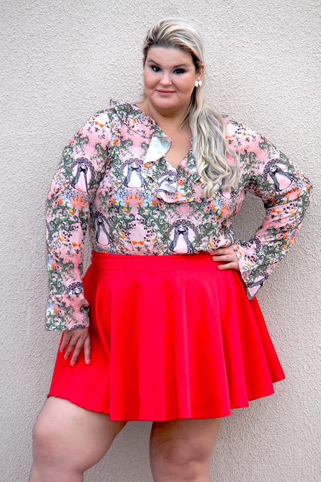 Moda plus size - look do dia plus size - blusa romântica estampa raposinhas - grandes mulheres 3