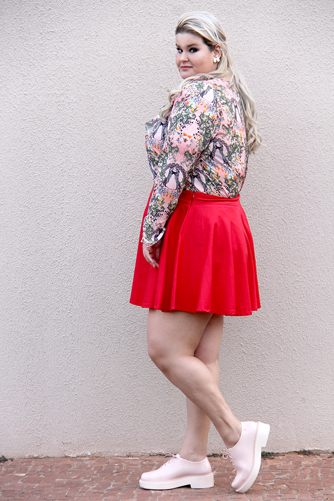 Moda plus size - look do dia plus size - blusa romântica estampa raposinhas - grandes mulheres 5