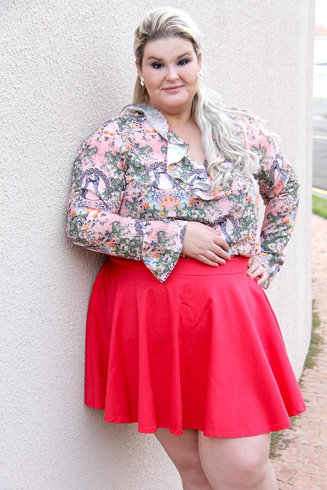 Moda plus size - look do dia plus size - blusa romântica estampa raposinhas - grandes mulheres 6