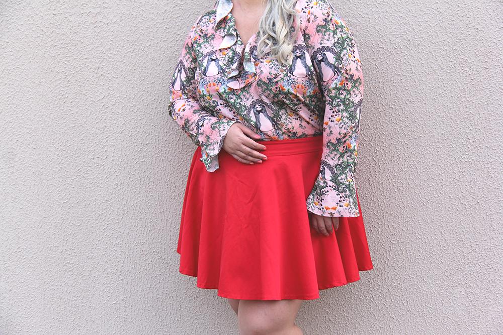 Moda plus size - look do dia plus size - blusa romântica estampa raposinhas - grandes mulheres 8