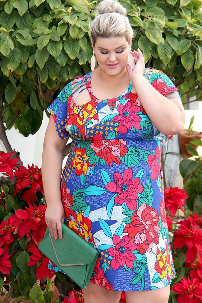 Vestido estampado plus size - Predilects - look plus size - moda plus size - grandes mulheres 4