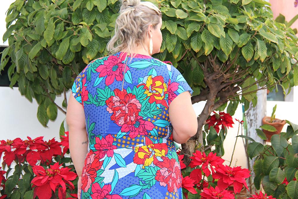 Vestido estampado plus size - Predilects - look plus size - moda plus size - grandes mulheres 5