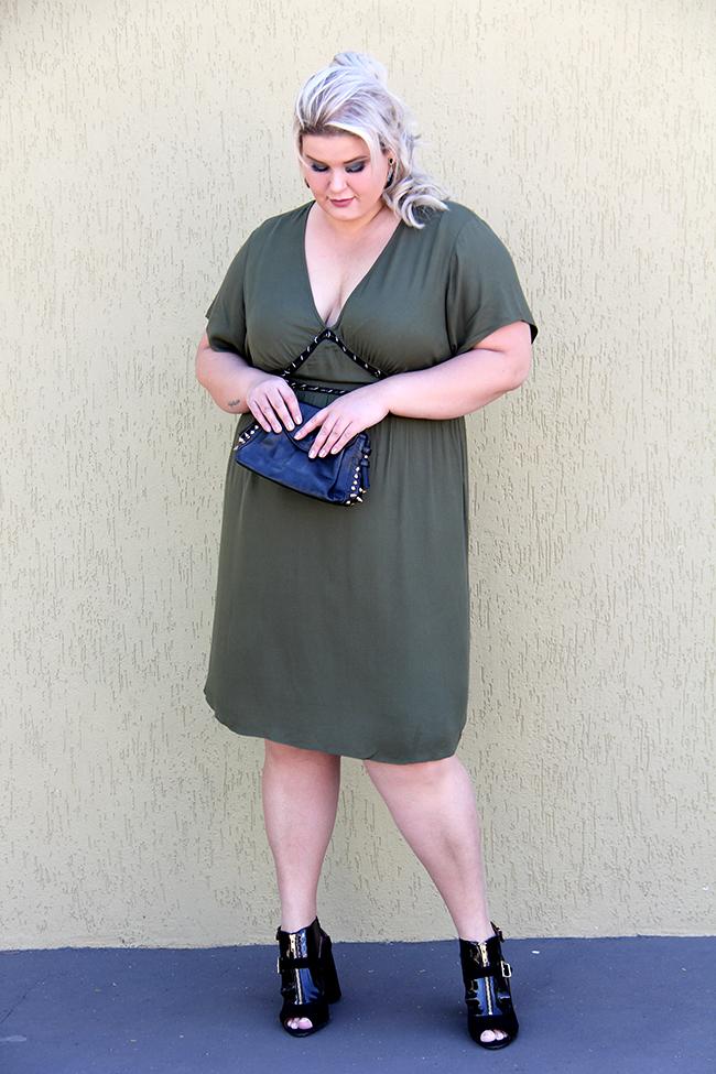 vestido sexy plus size - julia plus - grandes mulheres - moda plus size - look plus size 6