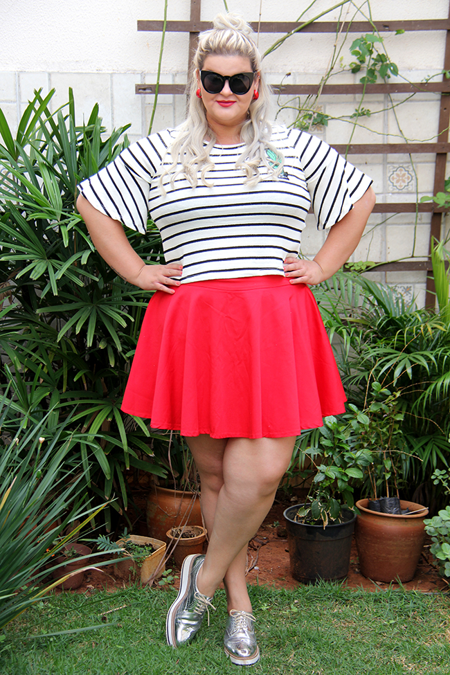 Blusa listrada e saia vermelha - Rouge Marie - moda plus size - plus size - look do dia plus size - grandes mulheres 7
