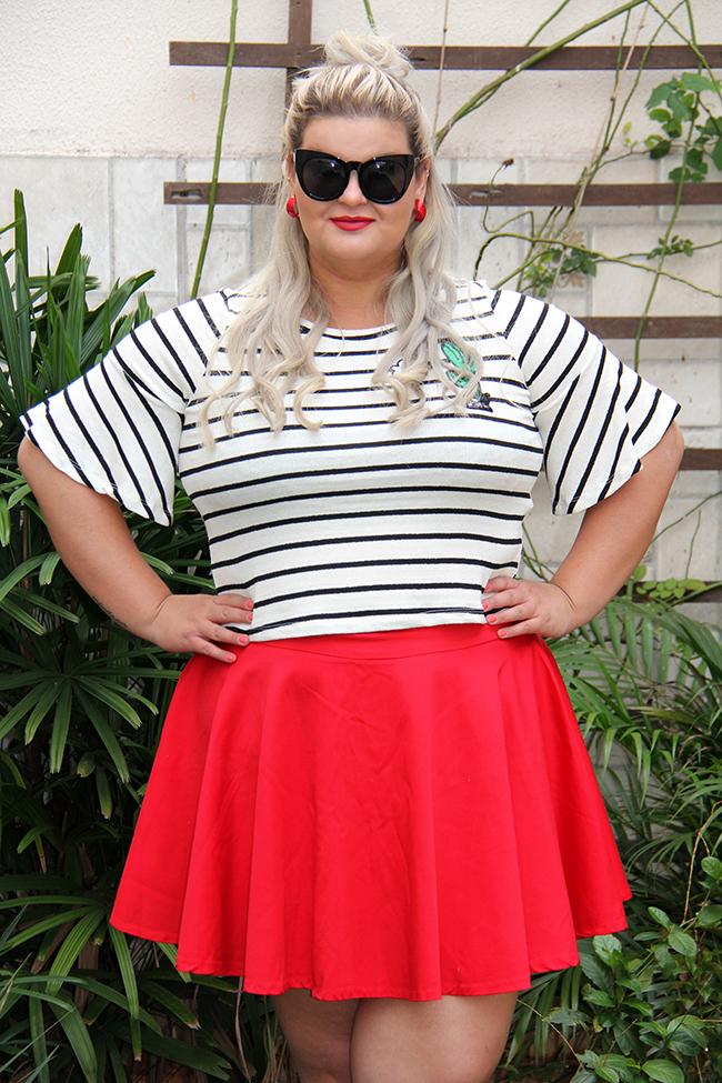 Blusa listrada e saia vermelha - Rouge Marie - moda plus size - plus size - look do dia plus size - grandes mulheres 8