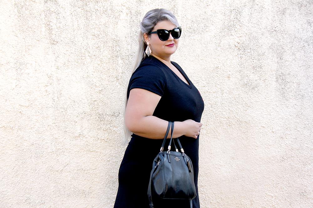 vestido-plus-size-preto-com-patches-xica-vaidosa-moda-plus-size-look-do-dia-plus-size-grandes-mulheres-2