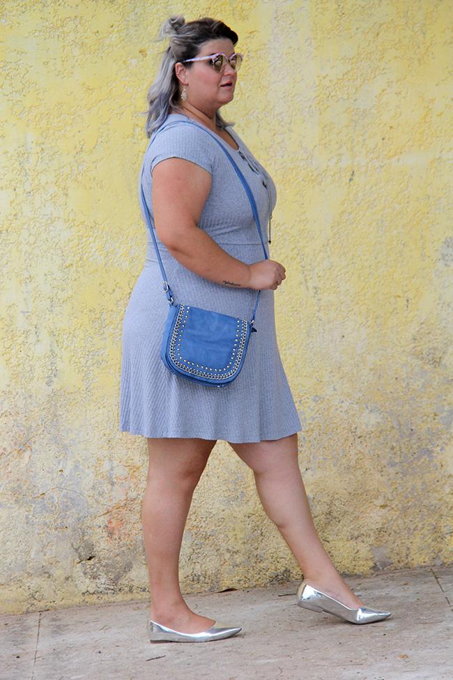 vestido-cinza-plus-size-julia-plus-moda-plus-size-look-plus-size-grandes-mulheres-10