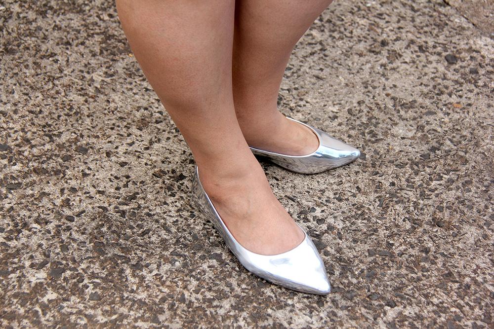 vestido-cinza-plus-size-julia-plus-moda-plus-size-look-plus-size-grandes-mulheres-11