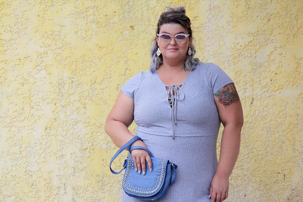 vestido-cinza-plus-size-julia-plus-moda-plus-size-look-plus-size-grandes-mulheres-8