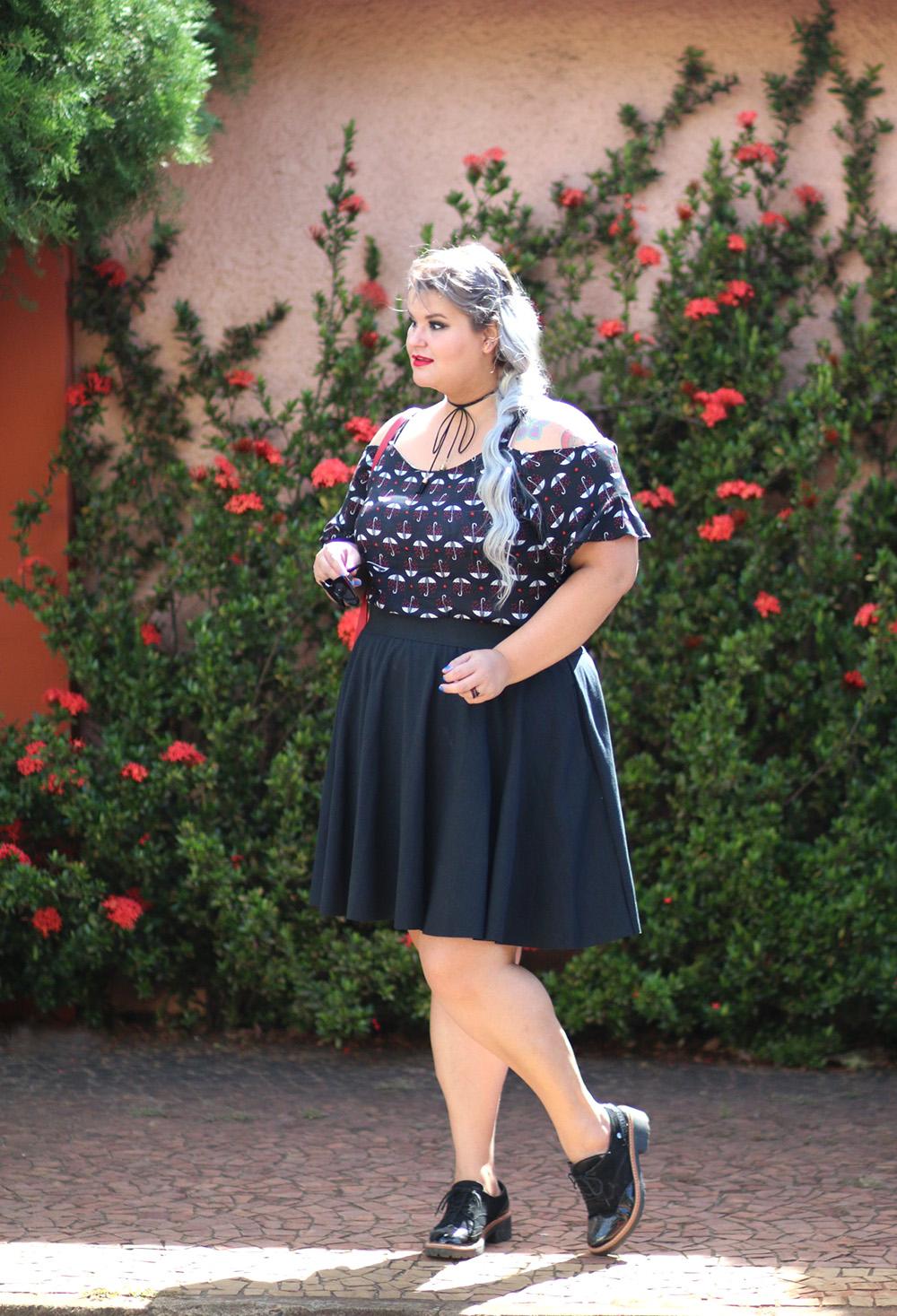 blusa-ombro-a-ombro-romantica-moda-plus-size-look-do-dia-plus-size-moda-para-gordinhas-grandes-mulheres-4