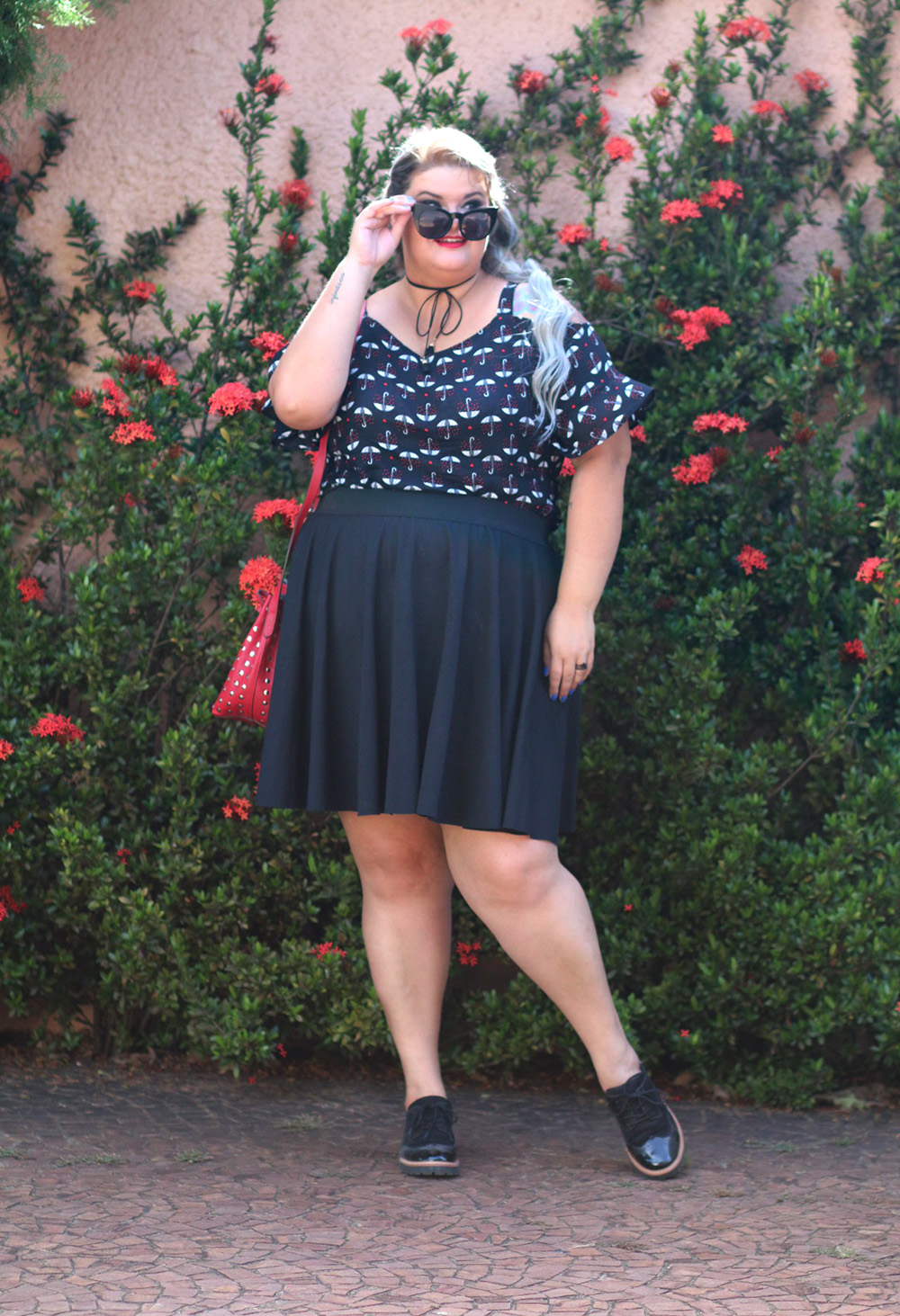 blusa-ombro-a-ombro-romantica-moda-plus-size-look-do-dia-plus-size-moda-para-gordinhas-grandes-mulheres-7
