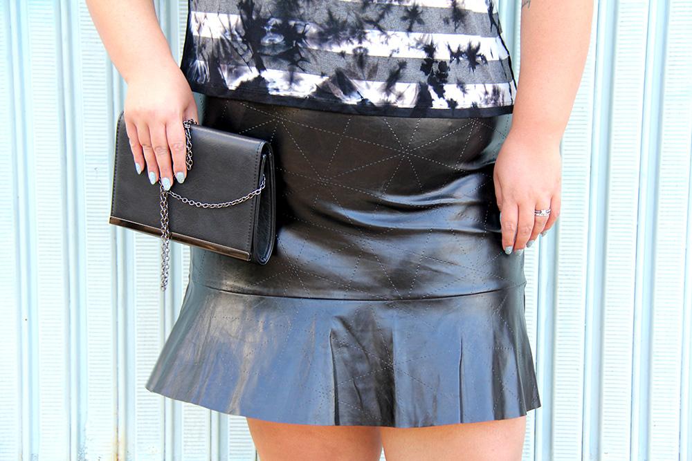 blusa-tie-dye-plus-size-scarlets-look-plus-size-moda-plus-size-grandes-mulheres-3