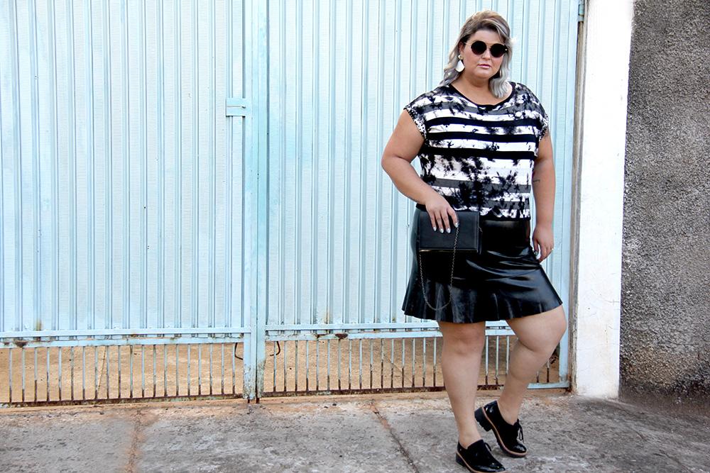 blusa-tie-dye-plus-size-scarlets-look-plus-size-moda-plus-size-grandes-mulheres-5