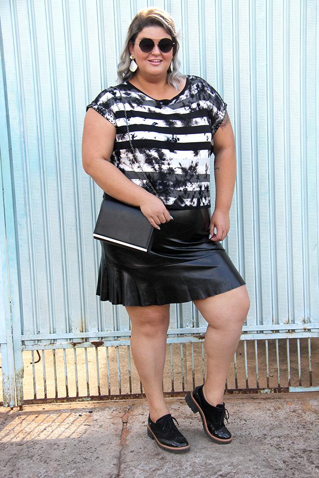 blusa-tie-dye-plus-size-scarlets-look-plus-size-moda-plus-size-grandes-mulheres-7