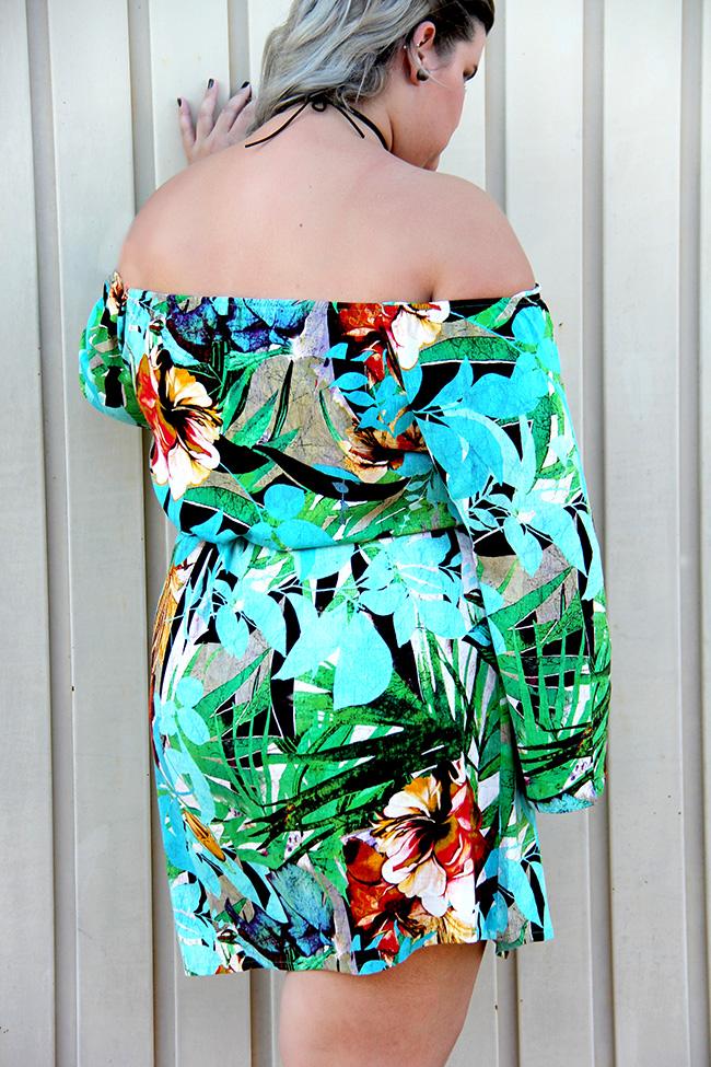 vestido-floral-ombro-a-ombro-scarlets-moda-plus-size-look-do-dia-plus-size-grandes-mulheres-7