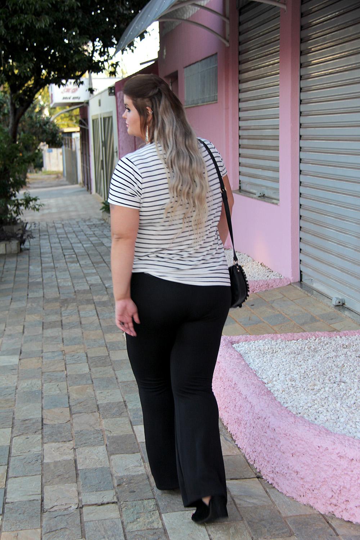 camiseta-com-patches-e-calça-preta-moda-plus-size-miss-masy-grandes-mulheres-1-moda-plus-size-barata