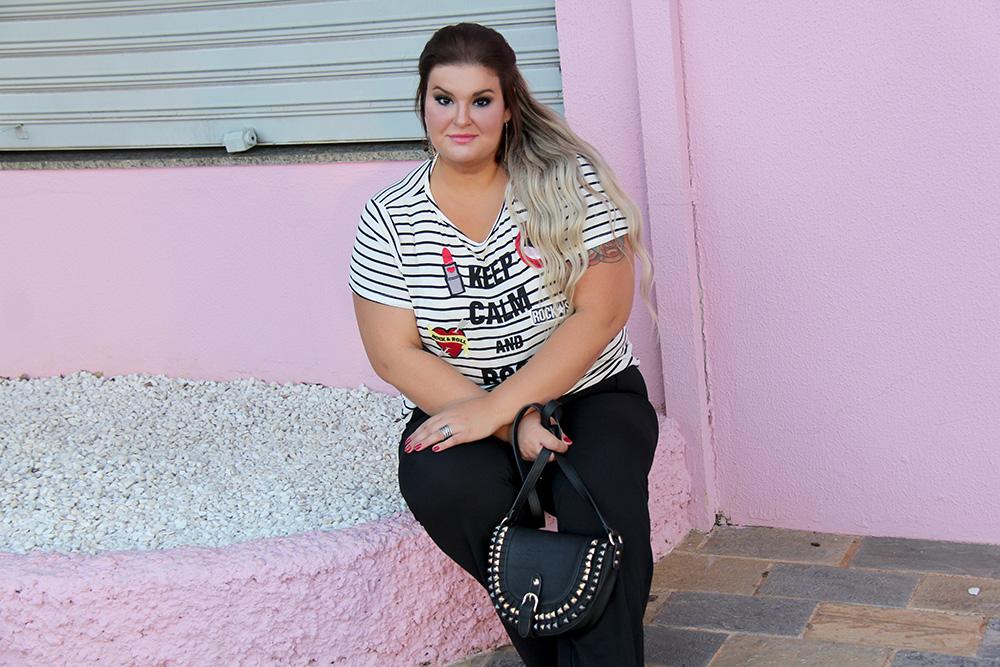 camiseta-com-patches-e-calça-preta-moda-plus-size-miss-masy-grandes-mulheres-moda-plus-size-barata-7