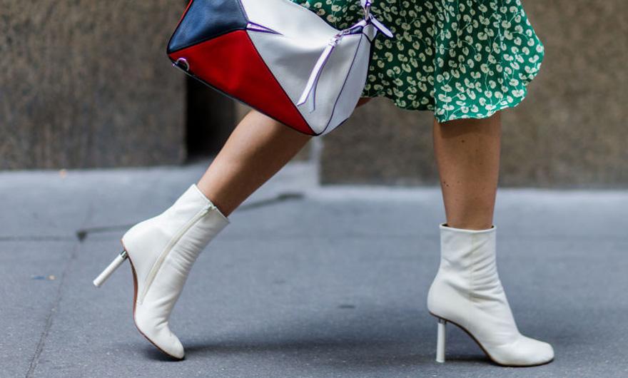 Como usar bota branca nos looks do dia a dia
