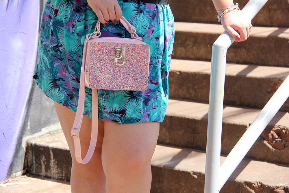 Box bag Petite Jolie: muito brilho e estilo para seus looks!