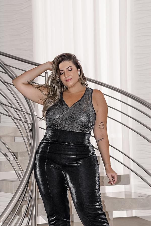 Bruna Rêgo usa conjunto de moda festa plus size da Predilect's Plus
